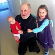 А теперь у Сережи два чудных внука – Илария и Филип